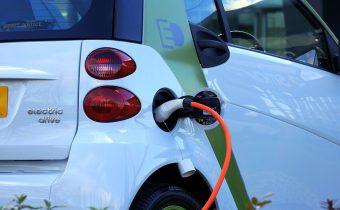 Má elektromobil v dnešnej dobe význam?
