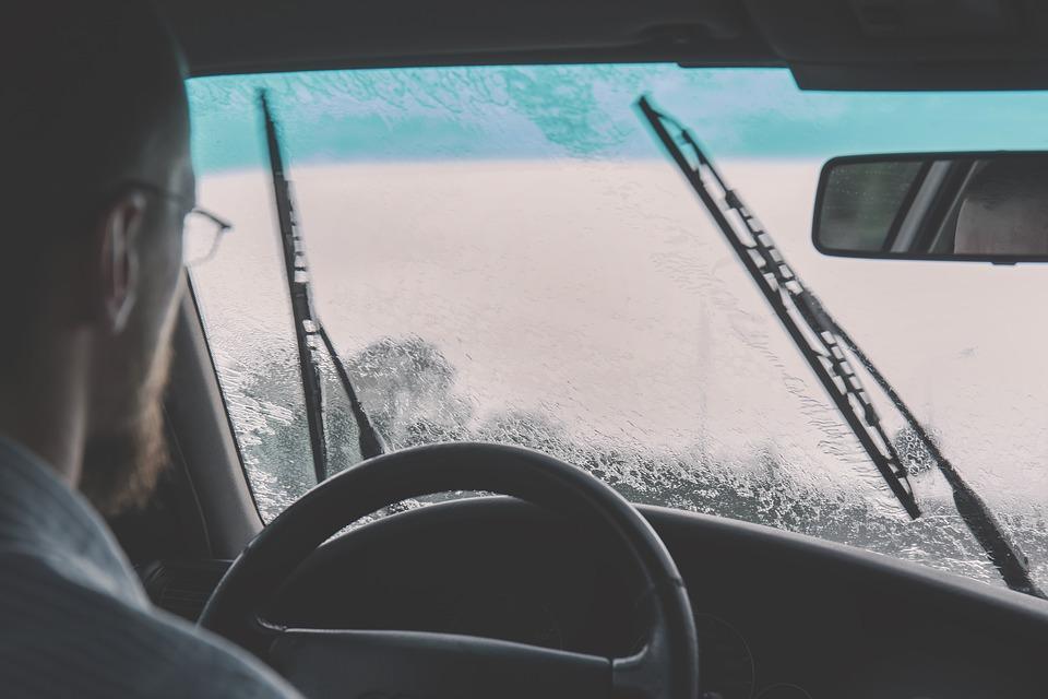 zima auto stierače