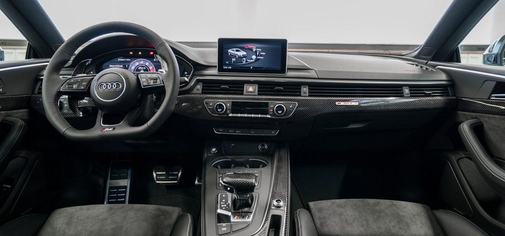 Audi RS5-R ABT interiér