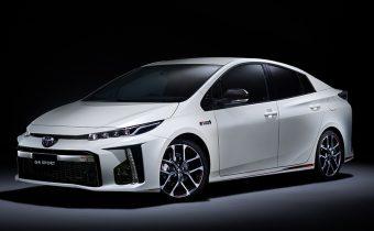 Sériová Toyota Prius PHV GR Sport – žiadny prvoaprílový žartík!