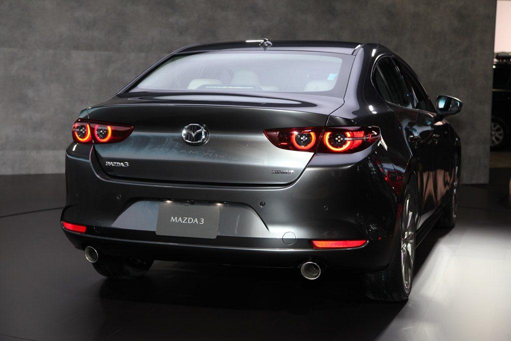 Autosalón Bratislava 2019 Mazda 3 sedan