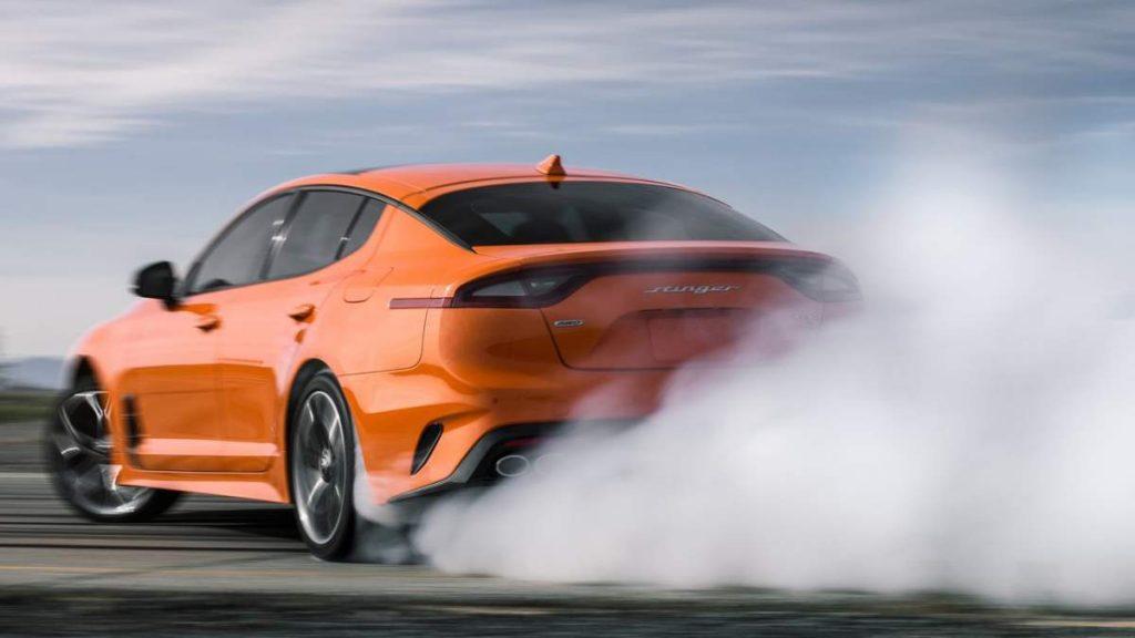 Kia Stinger 2019 drift