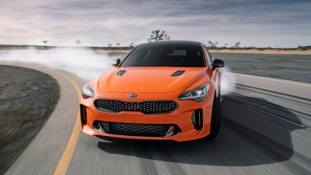 Kia Stinger GTS 2019 drift