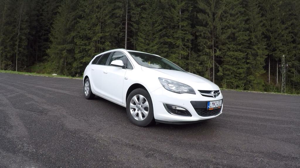 Opel Astra ST 1.6 CDTI J test
