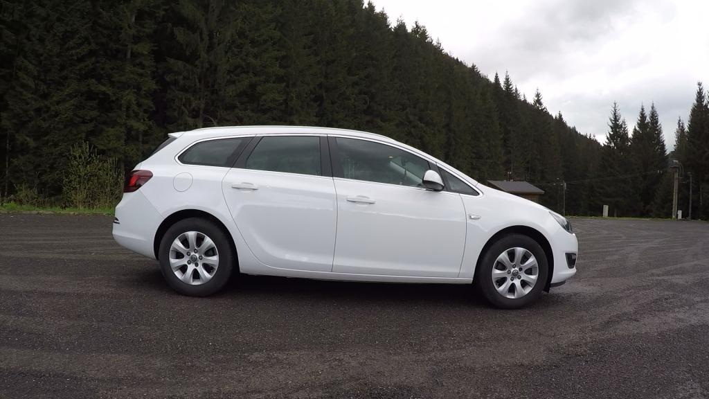 Opel Astra ST 1.6 CDTI J test recenzia