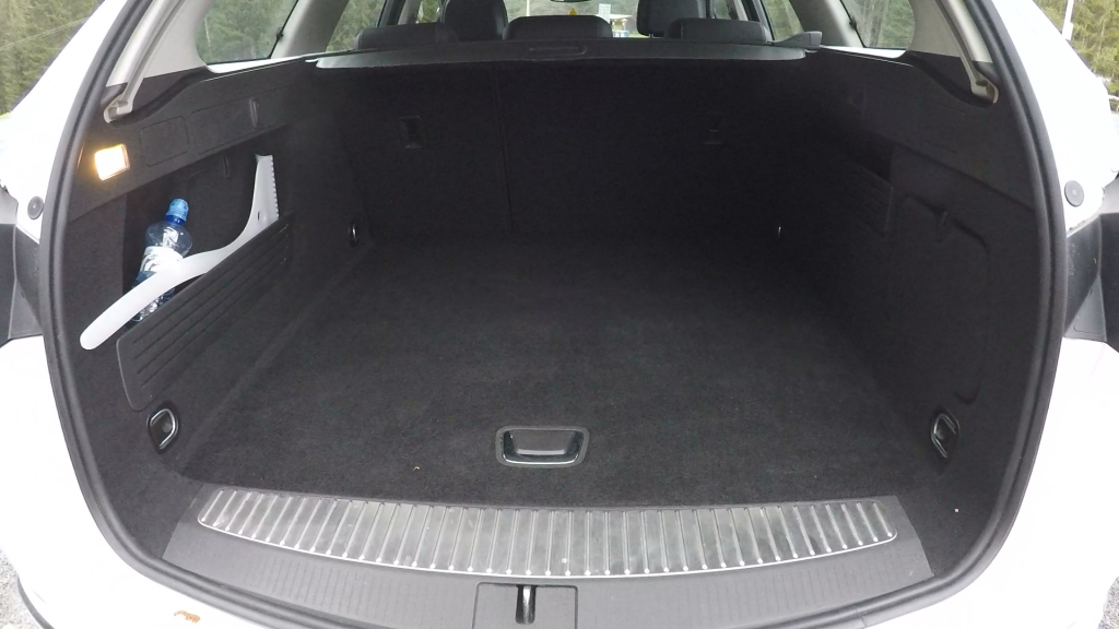 Opel Astra ST 1.6 CDTI J test recenzia  kufor