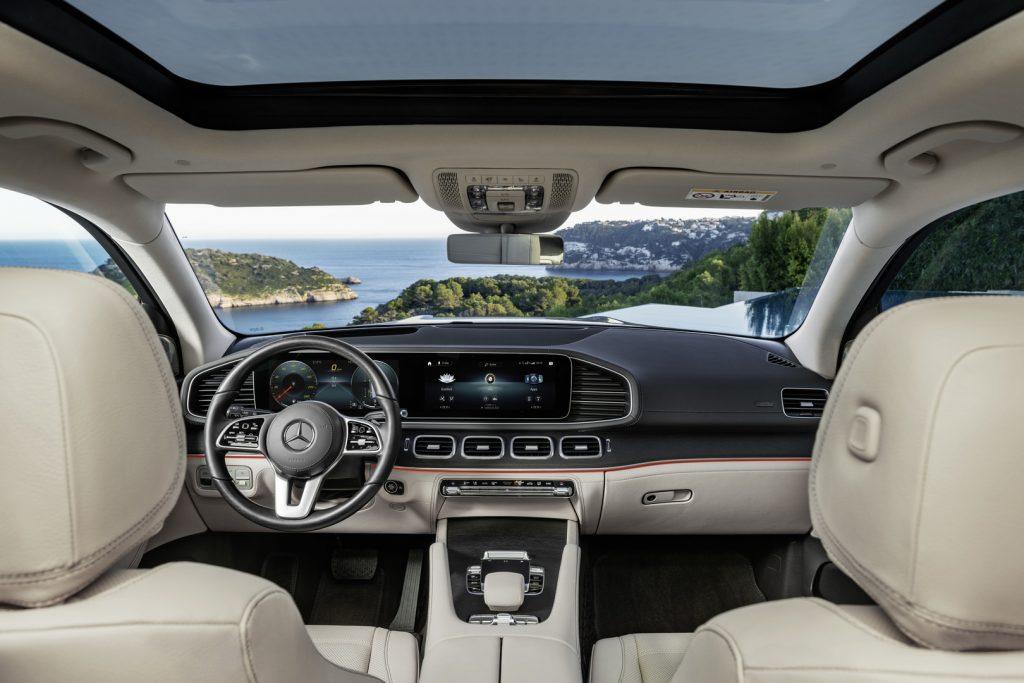 Mercedes GLS 2019 interiér