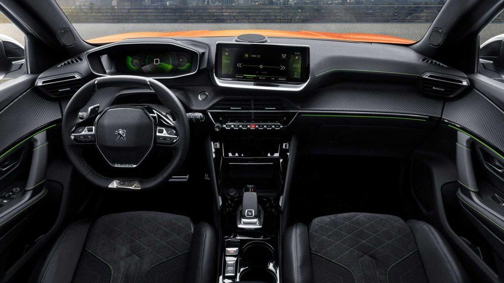 Nový Peugeot 2008 2019 interiér