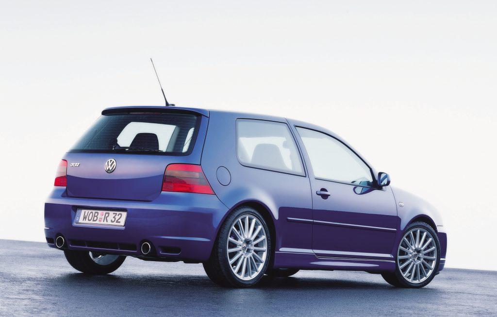 Volkswagen Golf R32 mk4