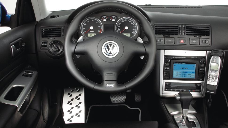 Volkswagen Golf R32 mk4 interiér
