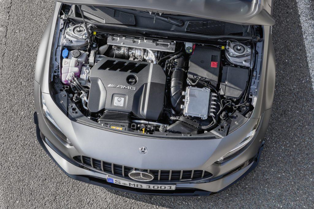 Mercedes A45 AMG 2019 motor