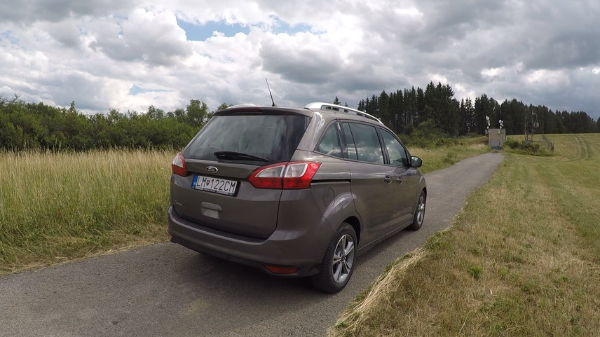 Ford Grand C-Max 1.6 tdci test jazdenky recenzia dominiccars
