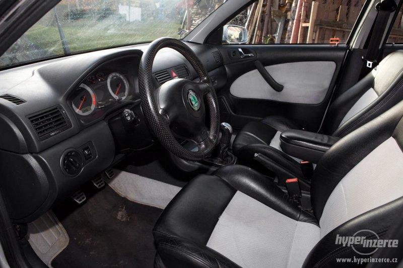 Škoda Octavia RS 1 1.8 T interiér