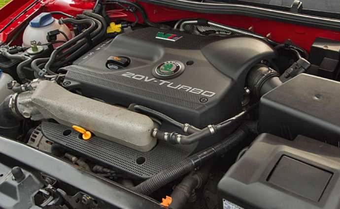 Škoda Octavia RS 1 1.8 T motor