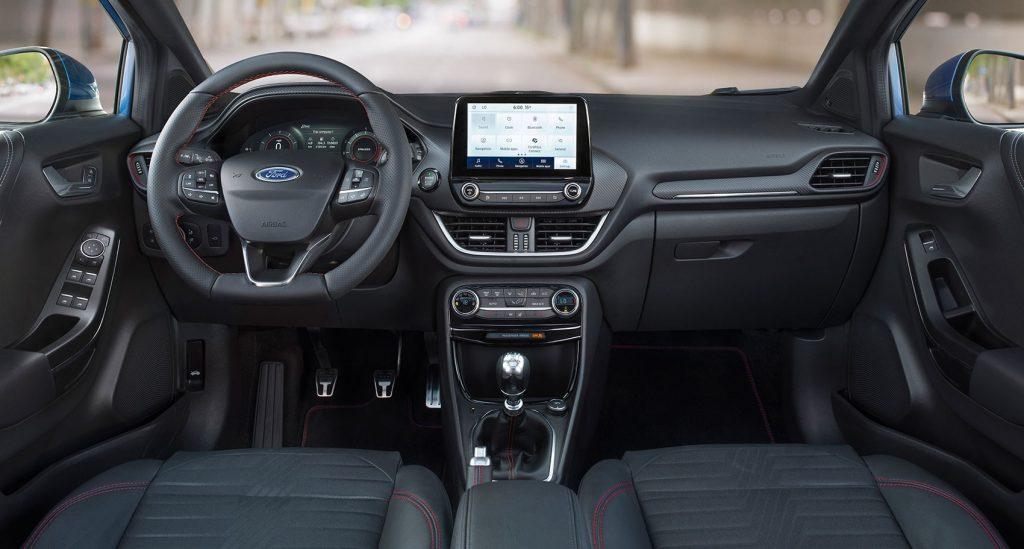 Ford Puma 2019 interiér
