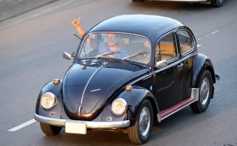 4 tipy, ktoré sa oplatí poznať pri prepise auta