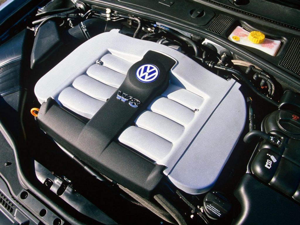 Volkswagen Passat 4,0 W8 motor