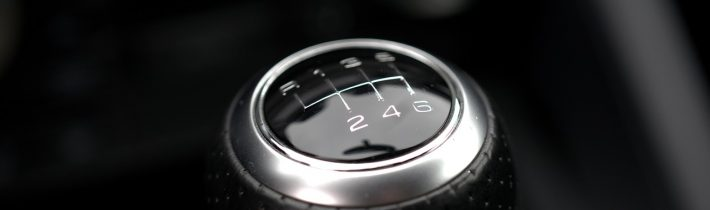 Powershifting – blbosť, alebo užitočná jazdná technika?