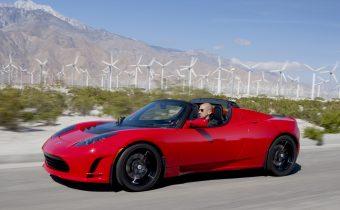 Tesla Roadster – galaktický fail, alebo legenda?