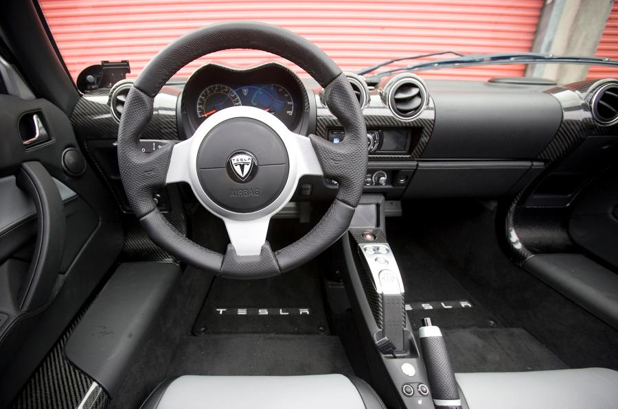 Tesla Roadster 2008 interiér