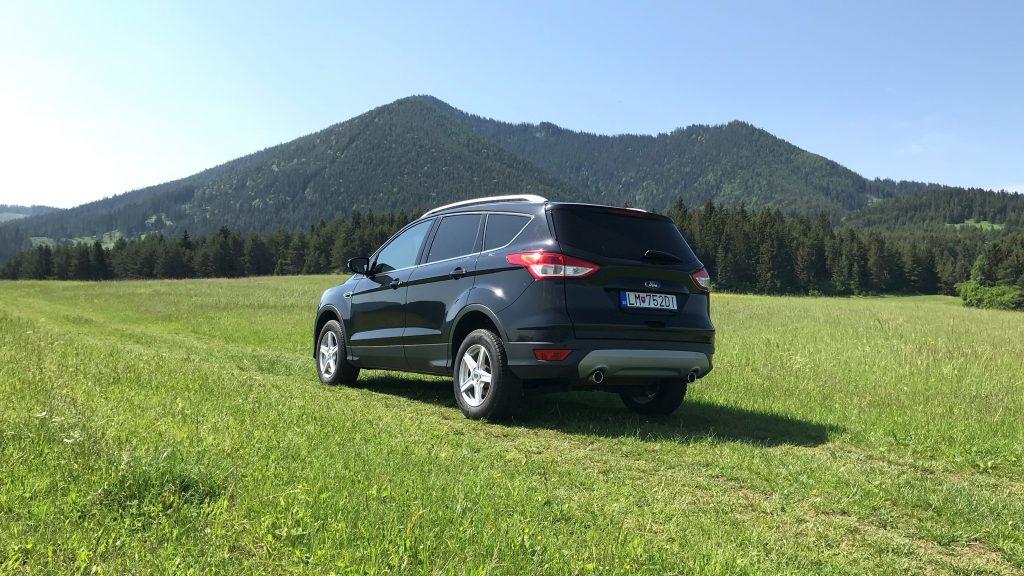 Ford Kuga 2.0 TDCI 2. gen. 2015 Titanium recenzia skúsenosti test