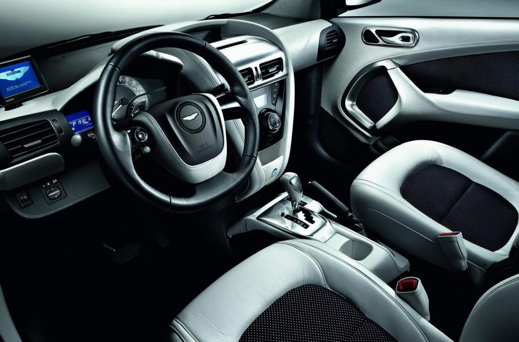 Aston Martin Cygnet 1.3 2011 interiér