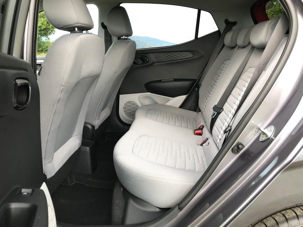2020 Hyundai i10 1.2i Style test recenzia sk interiér