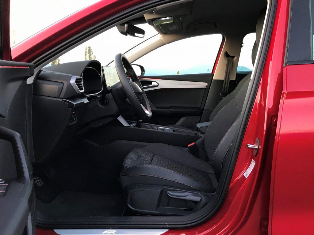 2020 Seat Leon FR 1.5 TSI 130k 4. gen. test recenzia skúsenosti interiér