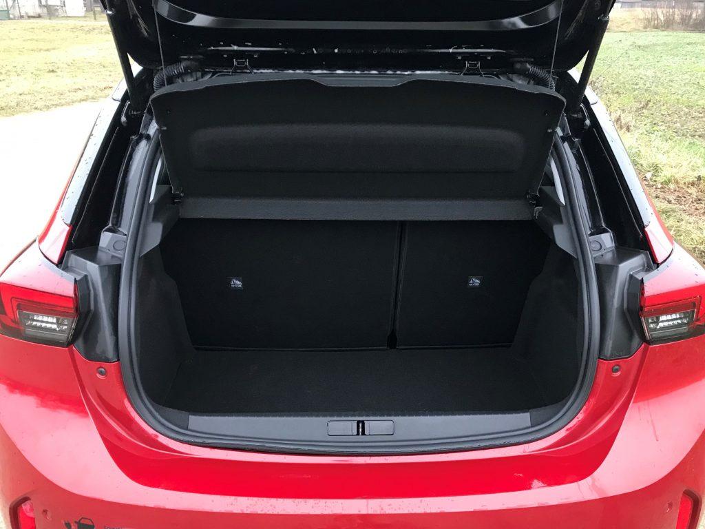 2020 Opel Corsa-E Elegance test recenzia skúsenosti kufor