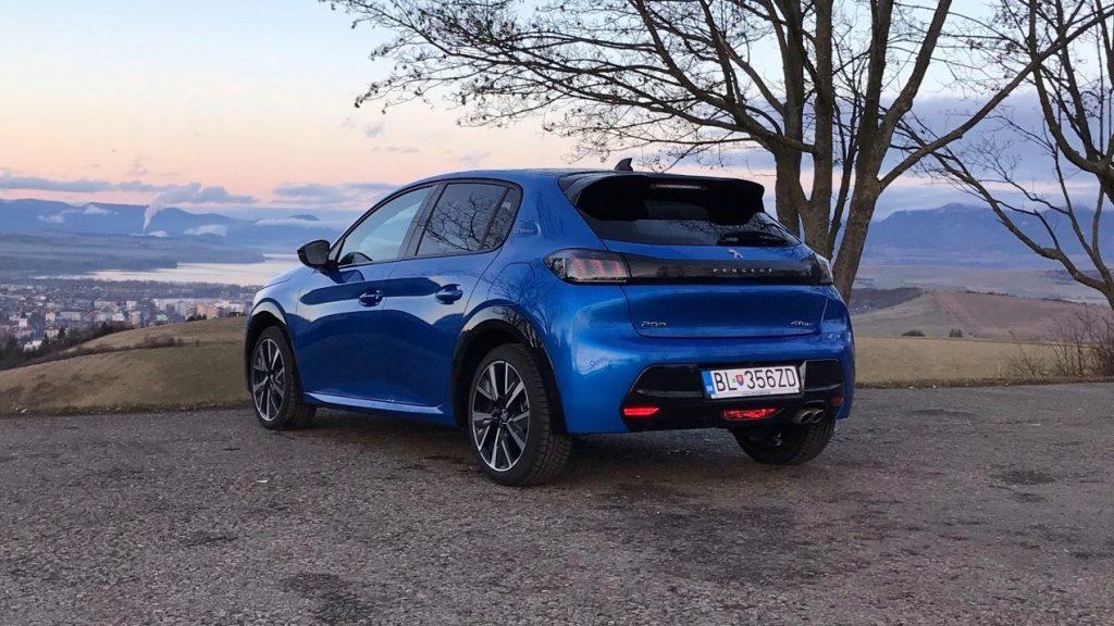 2021 Peugeot 208 GT 1.2 PureTech 8AT test recenzia skúsenosti