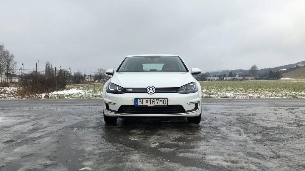 2015 Volkswagen e-Golf 1. generácie test jazdenky recenzia skúsenosti