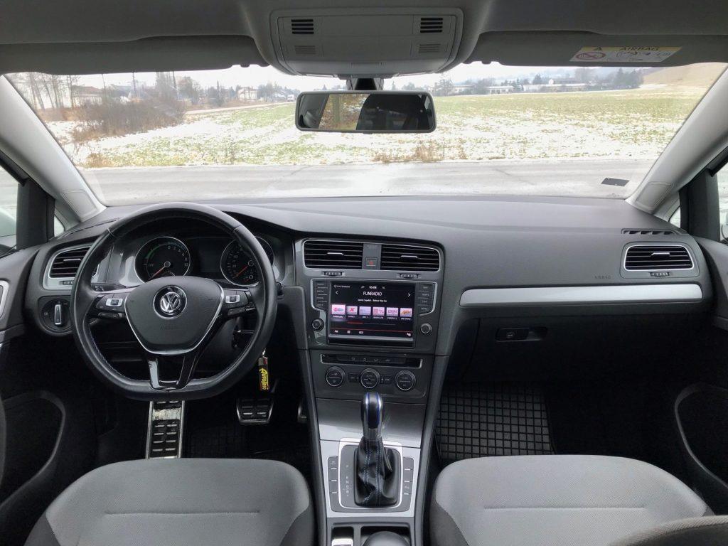 2015 Volkswagen e-Golf 1. generácie test jazdenky recenzia skúsenosti interiér