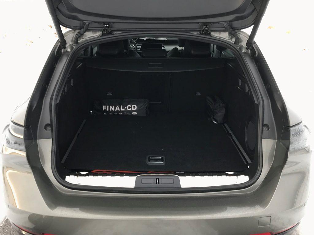 2021 Peugeot 508 SW plug-in hybrid test recenzia skúsenosti kufor