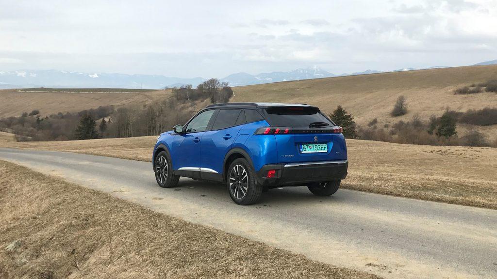 2021 Peugeot e-2008 test recenzia skúsenosti