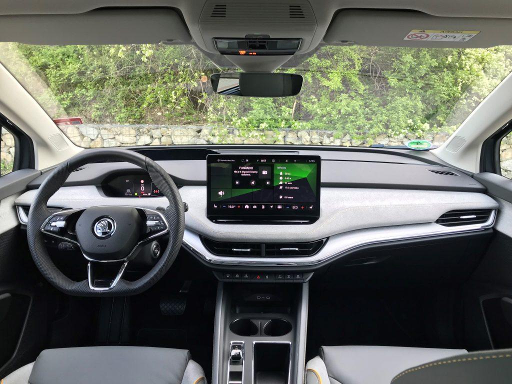2021 Škoda Enyaq iV 80 test recenzia skúsenosti interiér