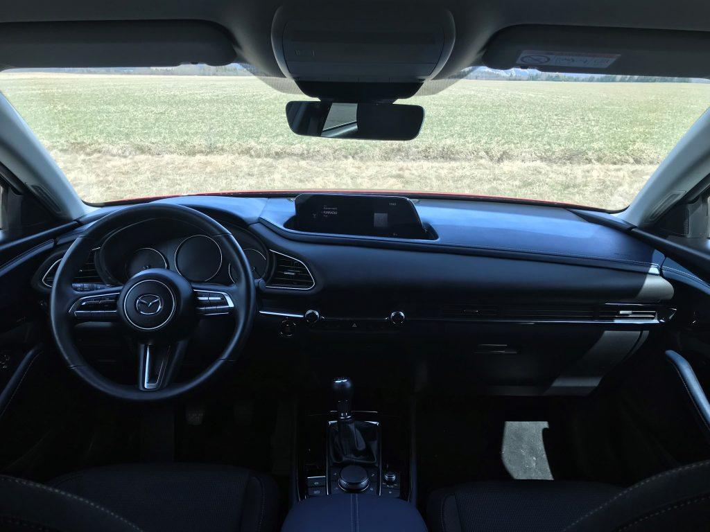 2021 Mazda CX-30 2.0 Skyactiv G150 Plus test recenzia skúsenosti interiér