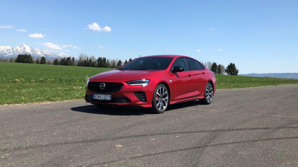 2021 Opel Insignia GSi 2.0 Turbo test recenzia skúsenosti
