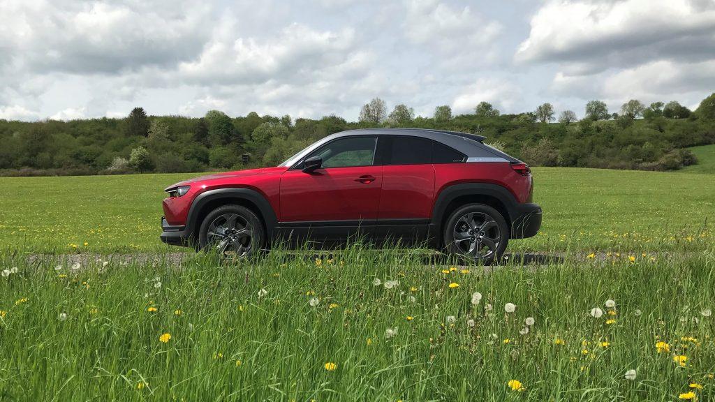 2021 Mazda MX-30 e-Skyactiv test recenzia skúsenosti dojazd