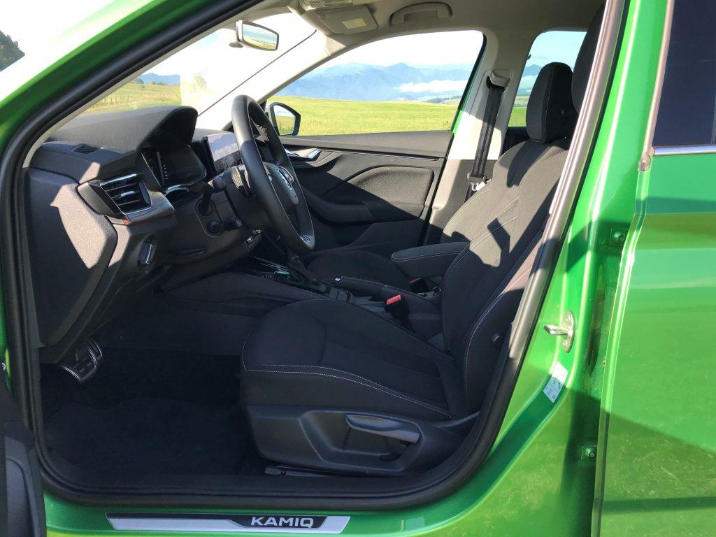 2021 Škoda Kamiq Scoutline 1.0 TSI DSG test recenzia skúsenosti interiér