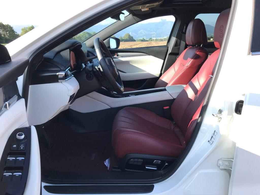 2021 Mazda 6 Wagon Skyactiv G194 Edition 100 test recenzia skúsenosti interiér