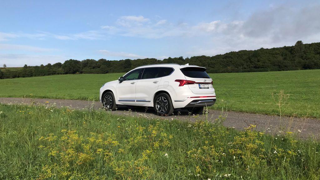 2021 Hyundai Santa Fe Hybrid 1.6 T-GDI test recenzia skúsenosti